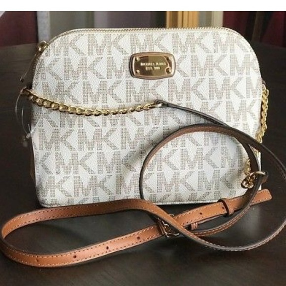 b3177b6db7dd Michael Kors Bags | Nwt Cindy Large Dome Crossbody | Poshmark